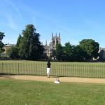 オクスフォードは大学の街。広々とした校庭に、この国の豊かさを感じる。