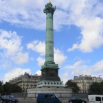 30年程前、この広場の近くに住んだ。毎日パンと惣菜を買ってホテルの部屋で食事を済ませ、パリの街をただひたすら歩いた。